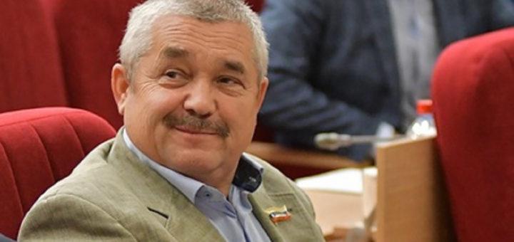 Депутат Вячеслав Ягдаров сдал мандат