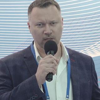 Денис Новгородов